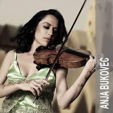 FOTO ANJA BUKOVEC 1